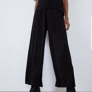 Zara Black Pleated High-waist Trousers